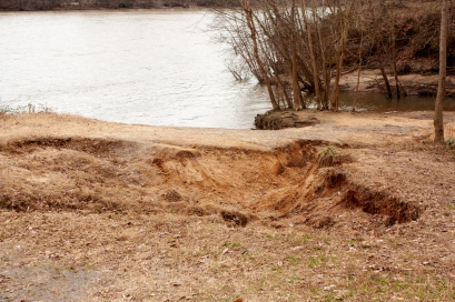 Erosion along the Catawba-Wateree River is one problem the Catawba Riverkeeper Foundation works to monitor and combat (photo: Kevin Seabrook).